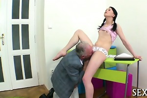 hardcore lesson with hawt babe