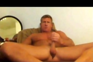 in love with this flawless ripped daddy! watch