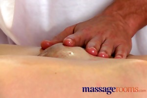 massage rooms shy virgin gals have st time