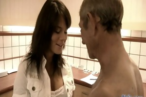 juvenile mmf doctor acquires excited for grand-dad